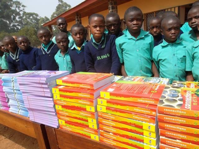Kamerun: neue Schulbücher