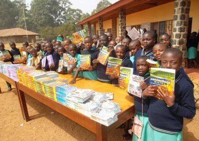 Kamerun: Schulbücher