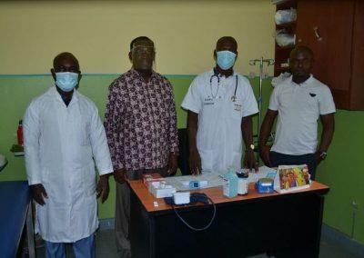 Elfenbeinküste: Krankenstation Centre Scolaire St. Marcellin Champagnat